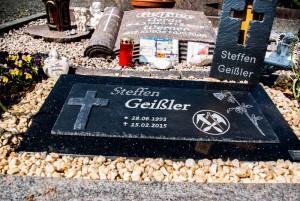 Grabstein Schiefertafel auf Granit Steffen Geißler