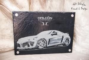 Sportwagen Halcon Supersport auf Schiefer