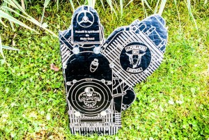 Gravur und Form Motorblock Moto-Guzzi aus Schiefer