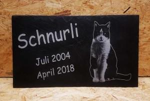 Grabsteinplatte für eine Katze